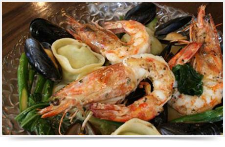 טורטליני אספרגוס ופירות ים